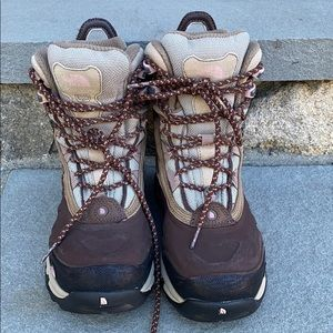 North Face Women's Size 7 Winter Boots *